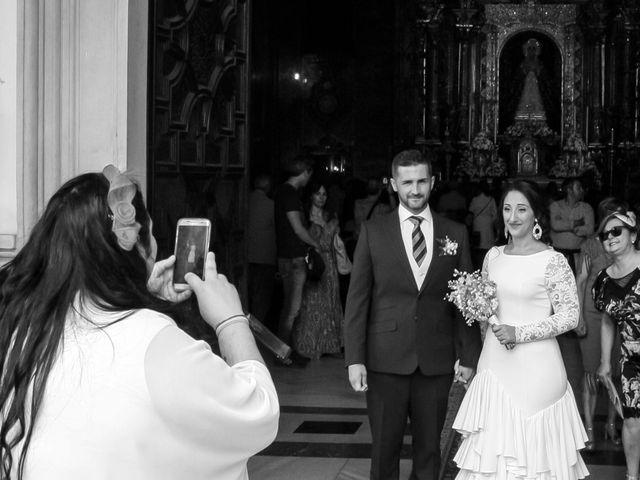 La boda de Fernando y Rocio en Sevilla, Sevilla 31