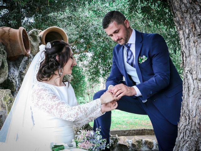 La boda de Fernando y Rocio en Sevilla, Sevilla 36