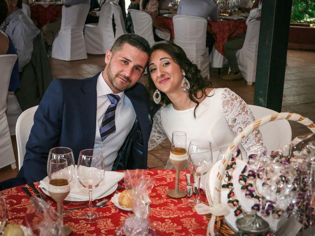 La boda de Fernando y Rocio en Sevilla, Sevilla 41