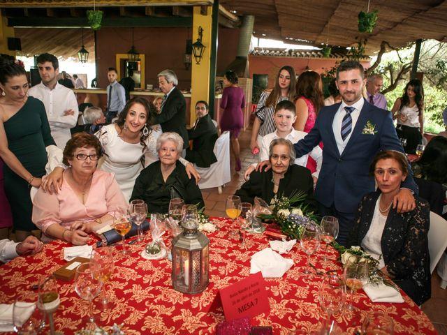 La boda de Fernando y Rocio en Sevilla, Sevilla 42