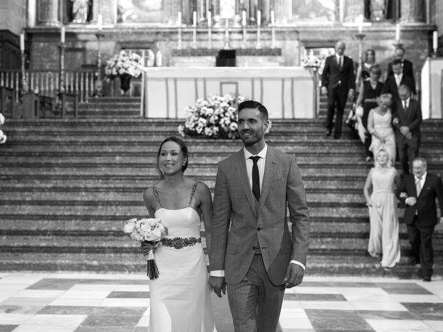 La boda de Rodrigo y Marta en San Lorenzo De El Escorial, Madrid 21