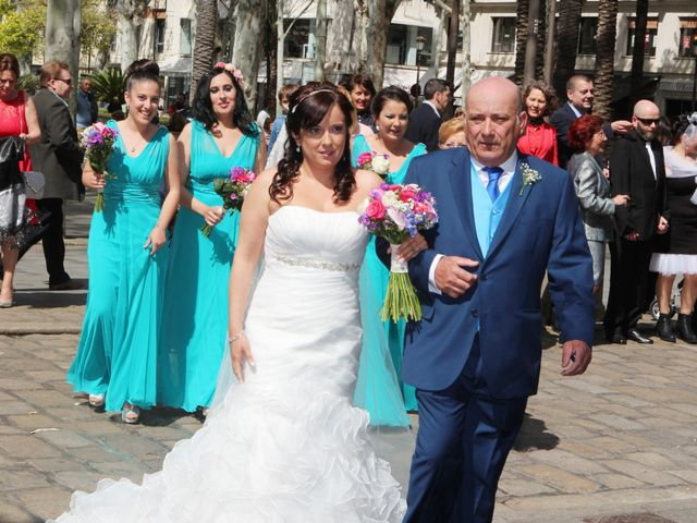 La boda de Javi y Libertad en Sevilla, Sevilla 16