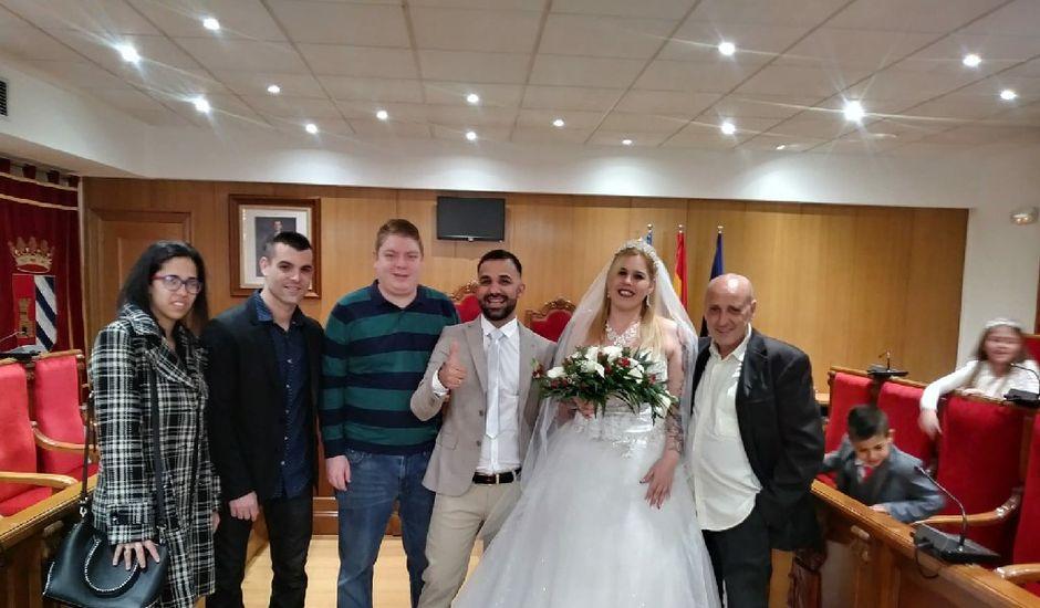 La boda de Miguel y Desiree  en Mislata, Valencia