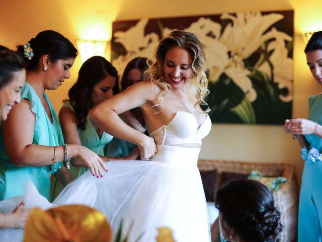 La boda de Cesar y Alejandra en Castelló/castellón De La Plana, Castellón 30