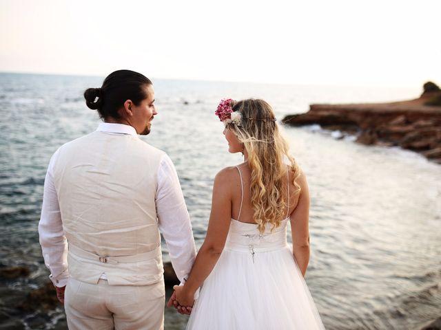 La boda de Cesar y Alejandra en Castelló/castellón De La Plana, Castellón 193
