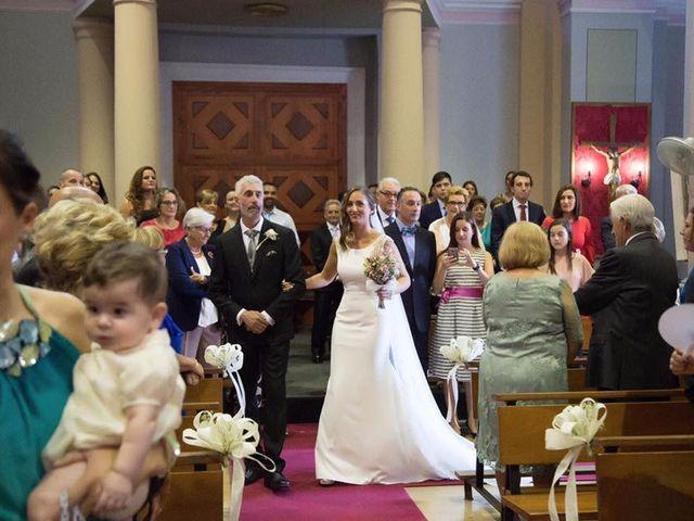 La boda de Raquel y Santi en Burriana, Castellón 10