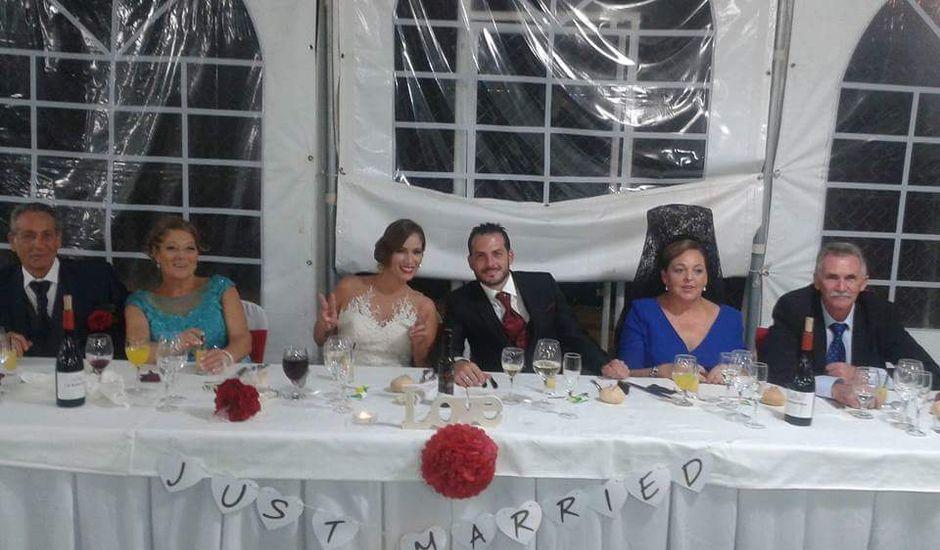 La boda de Alfonso y Mara en Motril, Granada
