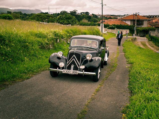 La boda de Javier y Lucía en Llanes, Asturias 36