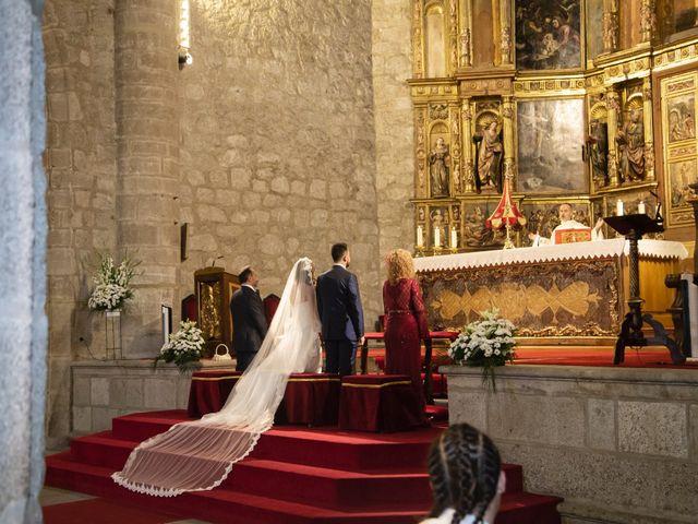 La boda de Jonathan y Sara en El Vellon, Madrid 16