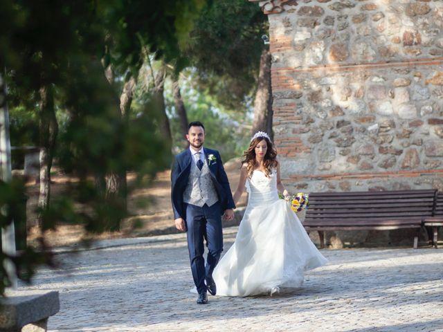La boda de Jonathan y Sara en El Vellon, Madrid 21