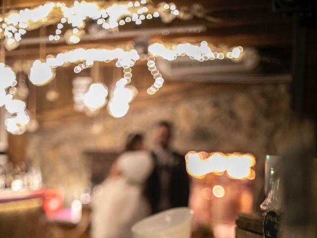 La boda de Jonathan y Sara en El Vellon, Madrid 34