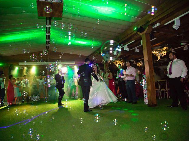 La boda de Jonathan y Sara en El Vellon, Madrid 36