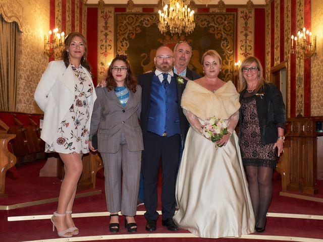 La boda de Antonio Javier y Sonia en Alacant/alicante, Alicante 15