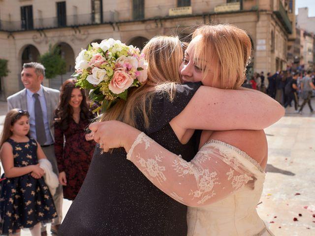 La boda de Antonio Javier y Sonia en Alacant/alicante, Alicante 25