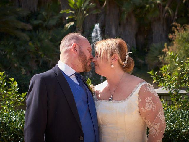 La boda de Antonio Javier y Sonia en Alacant/alicante, Alicante 16