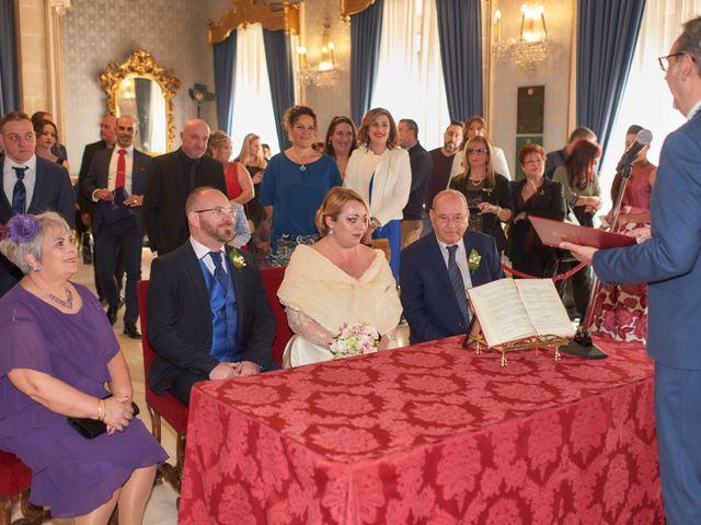 La boda de Antonio Javier y Sonia en Alacant/alicante, Alicante 24
