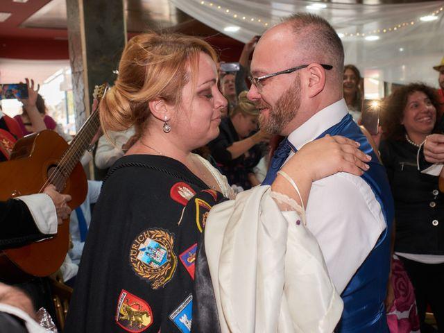 La boda de Antonio Javier y Sonia en Alacant/alicante, Alicante 48