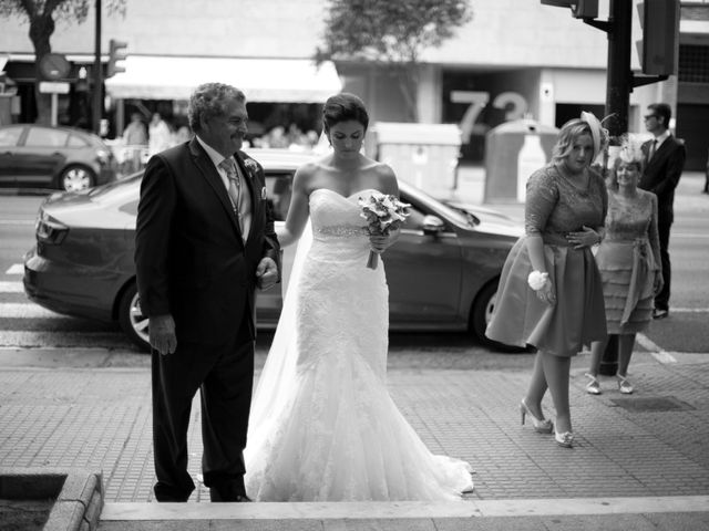 La boda de Jesus y Natalia en Puerto Real, Cádiz 24