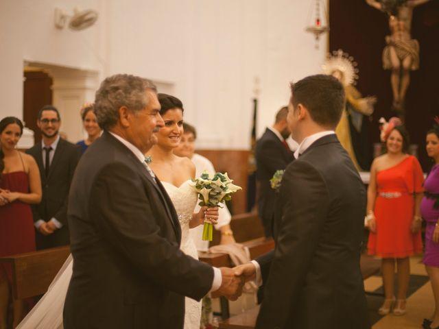 La boda de Jesus y Natalia en Puerto Real, Cádiz 28