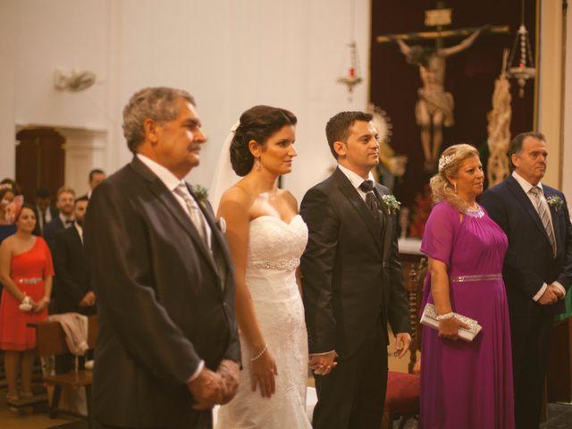 La boda de Jesus y Natalia en Puerto Real, Cádiz 30