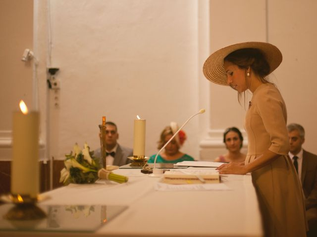 La boda de Jesus y Natalia en Puerto Real, Cádiz 34