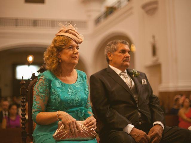 La boda de Jesus y Natalia en Puerto Real, Cádiz 38