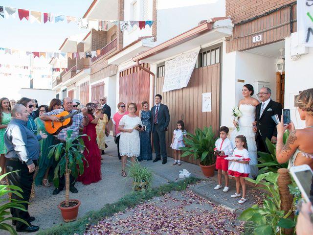 La boda de Armando y Viky en Madridejos, Toledo 5