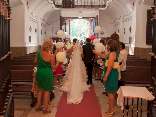 La boda de Armando y Viky en Madridejos, Toledo 11