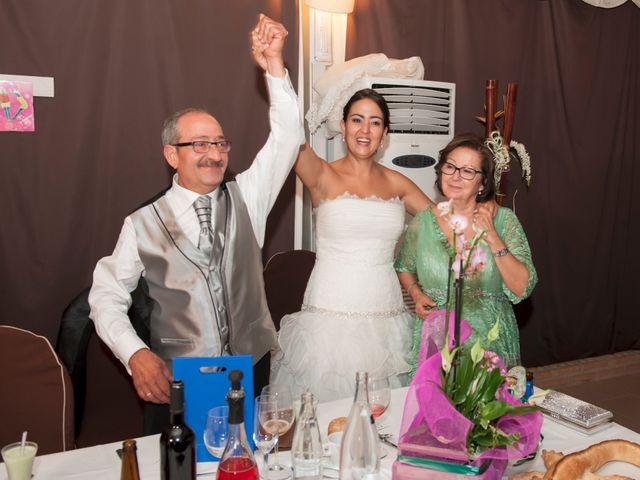 La boda de Armando y Viky en Madridejos, Toledo 16