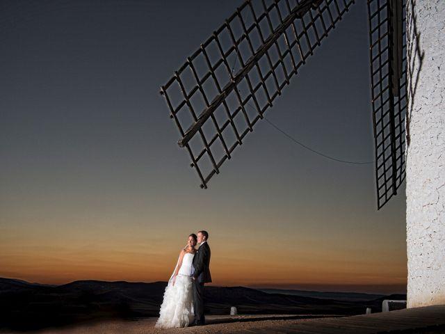 La boda de Armando y Viky en Madridejos, Toledo 28