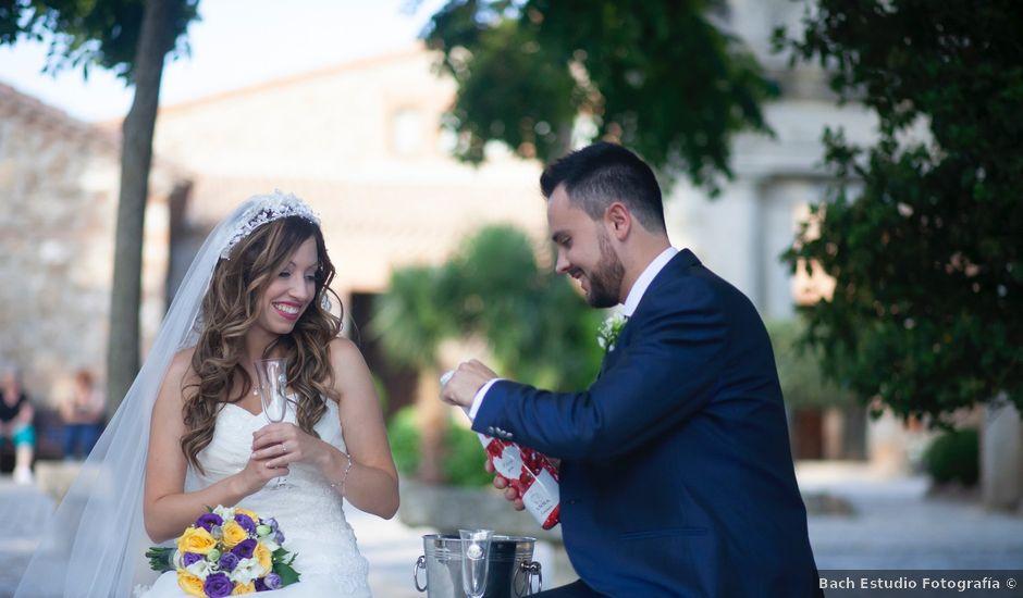 La boda de Jonathan y Sara en El Vellon, Madrid