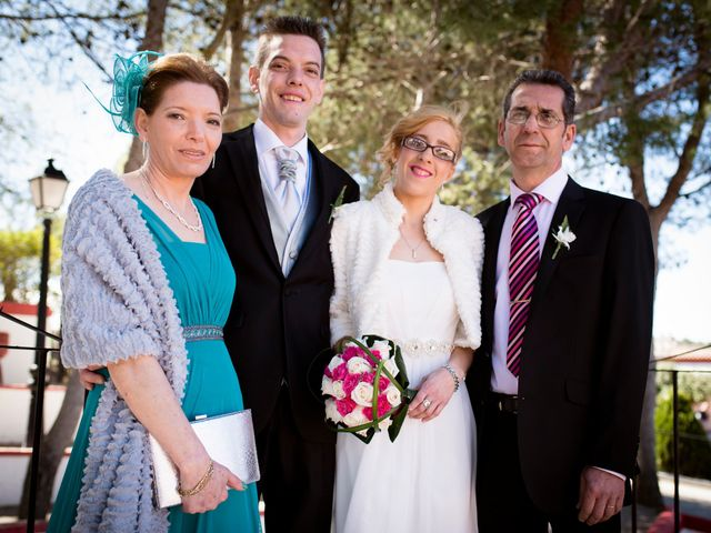La boda de Javier  y Laura  en Arganda Del Rey, Madrid 2