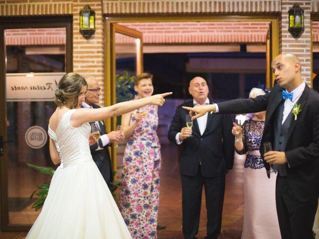 La boda de Manu y Sandra en Pedro Bernardo, Ávila 57