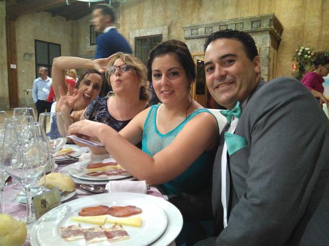 La boda de Carlos y Anabel en Jerez De La Frontera, Cádiz 16