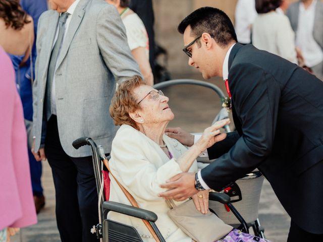 La boda de Roberto y Sandra en Castelló/castellón De La Plana, Castellón 16