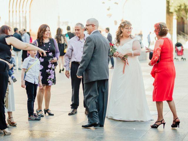 La boda de Roberto y Sandra en Castelló/castellón De La Plana, Castellón 19