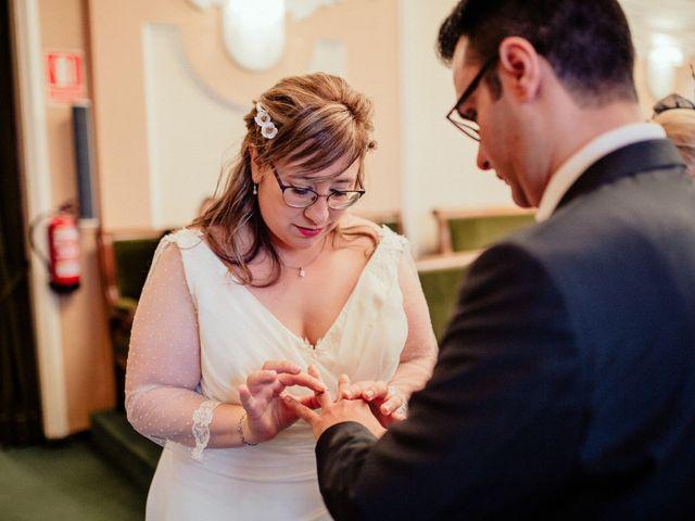 La boda de Roberto y Sandra en Castelló/castellón De La Plana, Castellón 21