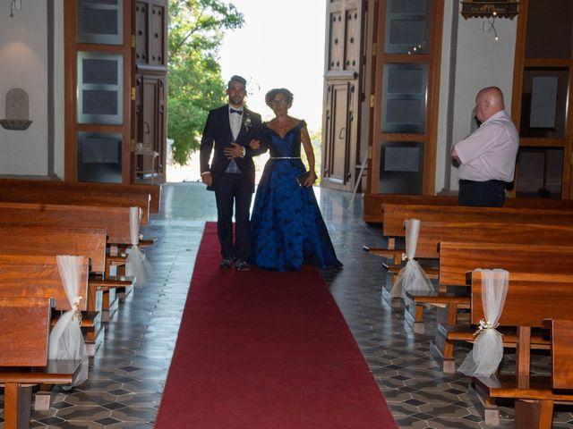 La boda de Abram y Inma en Palau De Plegamans, Barcelona 74