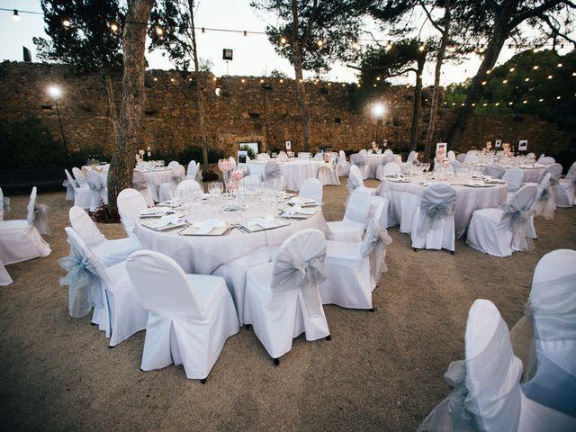 La boda de Jonatan y Tara en Altafulla, Tarragona 31