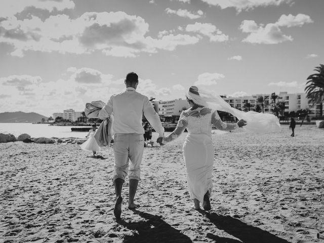 La boda de Felipe y Aura en Santa Maria (Isla De Ibiza), Islas Baleares 18