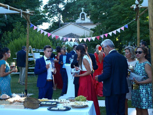 La boda de Kike y Isabel en Pesquera De Duero, Valladolid 37