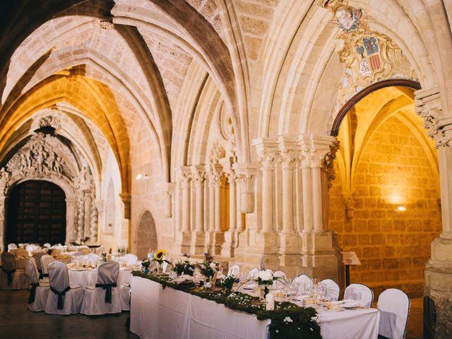 La boda de Lorenzo y Elena en Monasterio De Piedra, Zaragoza 24