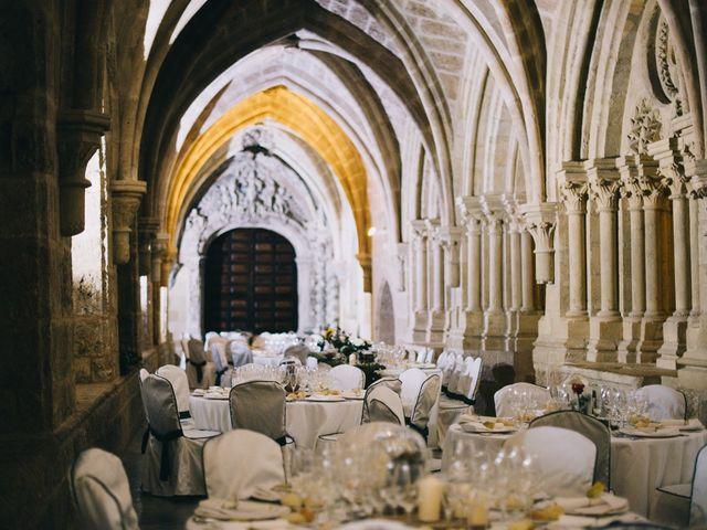 La boda de Lorenzo y Elena en Monasterio De Piedra, Zaragoza 30