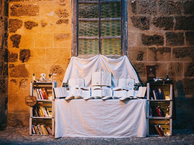 La boda de Lorenzo y Elena en Monasterio De Piedra, Zaragoza 36
