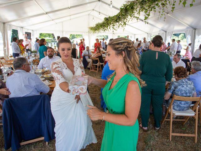 La boda de Miguel y Ivon en Allariz, Orense 214