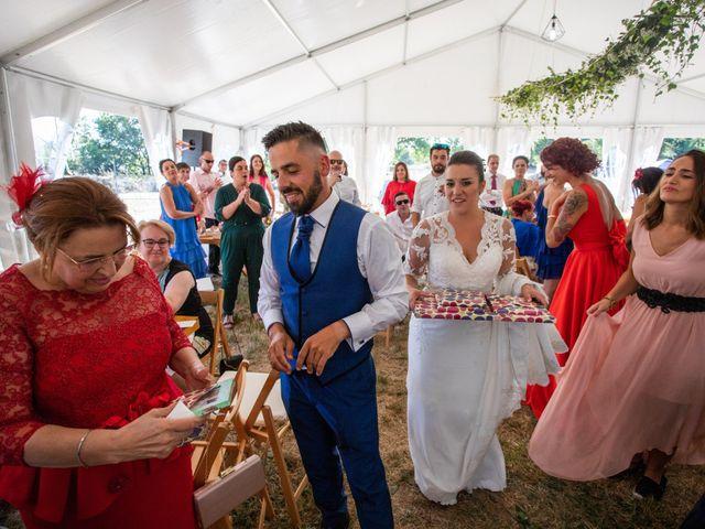 La boda de Miguel y Ivon en Allariz, Orense 250