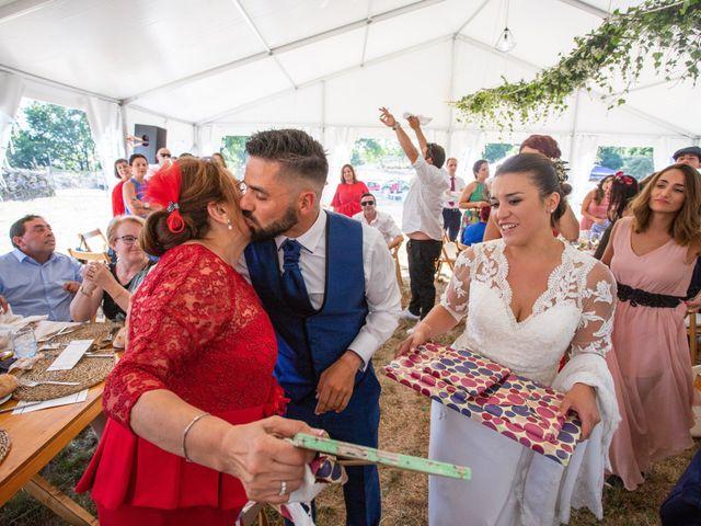 La boda de Miguel y Ivon en Allariz, Orense 252