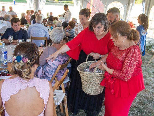 La boda de Miguel y Ivon en Allariz, Orense 345