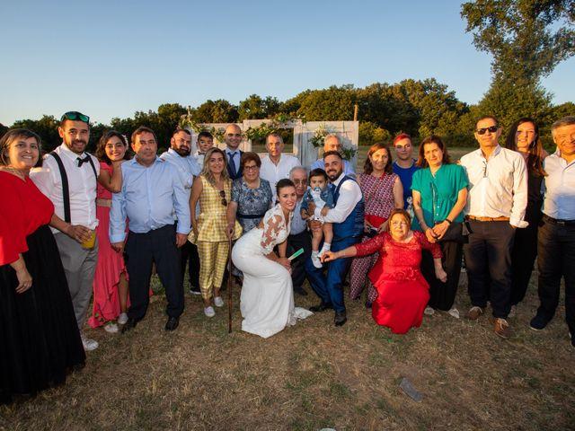 La boda de Miguel y Ivon en Allariz, Orense 380