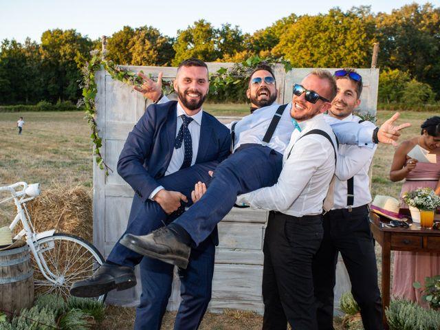 La boda de Miguel y Ivon en Allariz, Orense 383